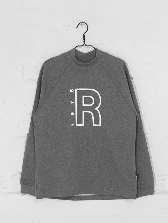 R-Collection Turtleneck Sweater with logo