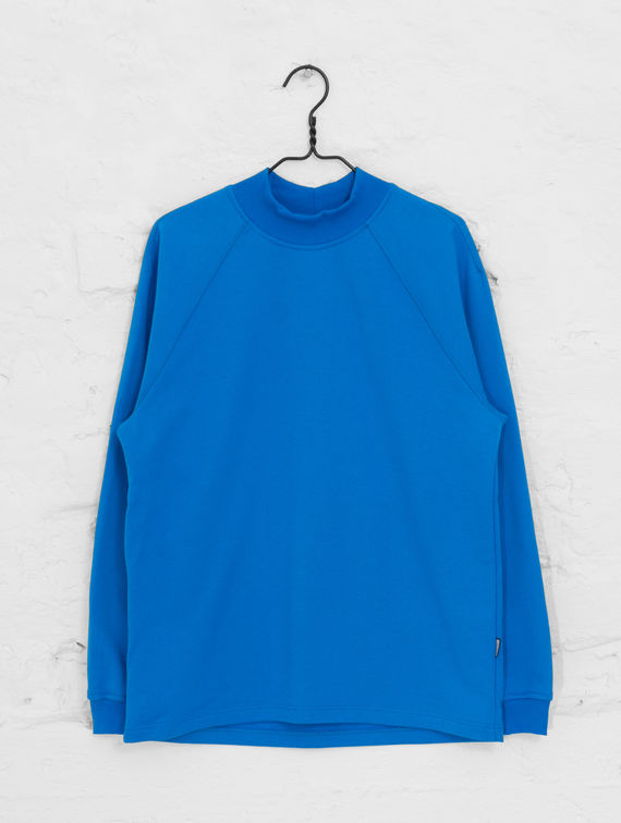 Turtleneck Sweatshirt bright blue