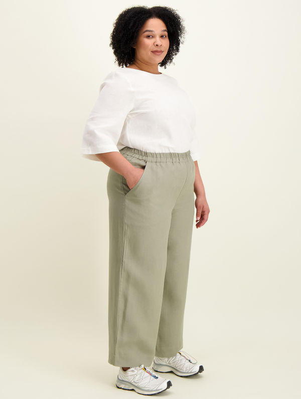 Lilja Linen Culottes light moss green