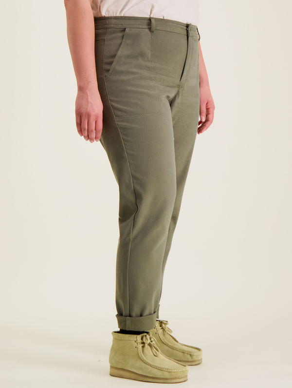 Hilkka Trousers moss green